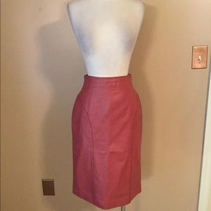 Rare vintage high rise pink leather pencil skirt 6